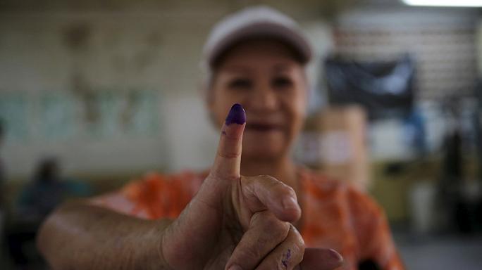 [CONTRATIEMPO] Dictadura a la medida: Cuando puedo votar, no voto