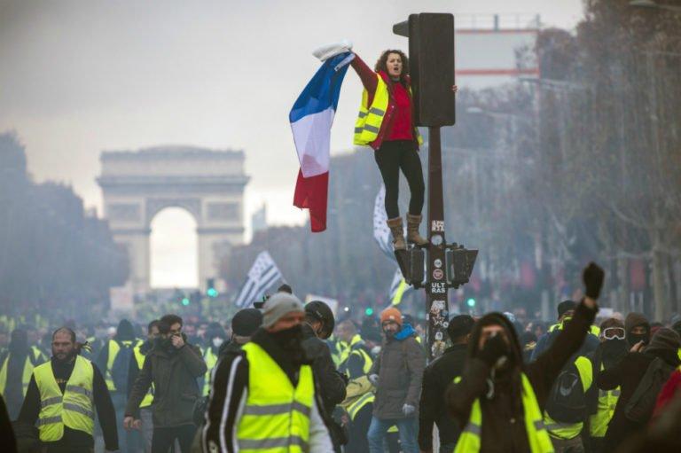 """[FRANCIA] """"Chalecos amarillos"""": la peculiaridad de lo francés"""