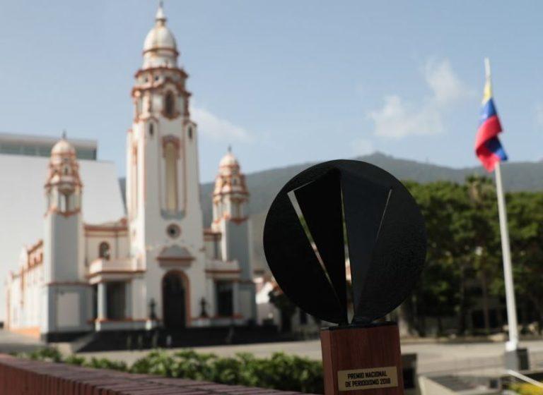 Entregado Premio Nacional de Periodismo Simón Bolívar 2018