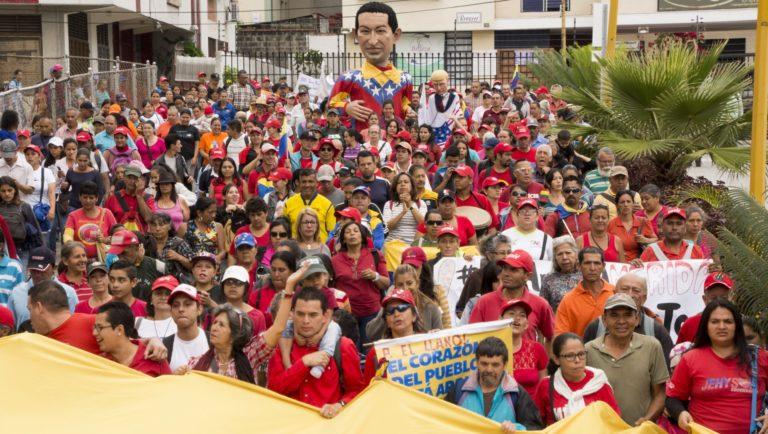 [FOTOS]Mérida: Pueblo marcha en contra de la agresión imperialista