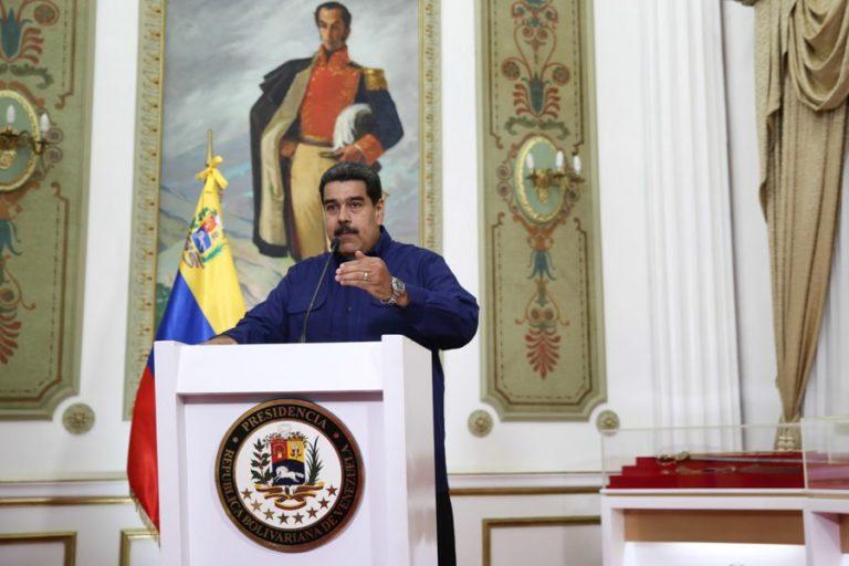 [CADENA NACIONAL] El presidente Nicolás Maduro reiteró que se mantiene al frente para enfrentar los ataques contra el pueblo venezolano