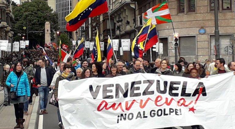 [INTERNACIONALISMO] Solidaridad vasca: miles de personas gritaron `Venezuela aurrera!´ en las calles de Bilbao