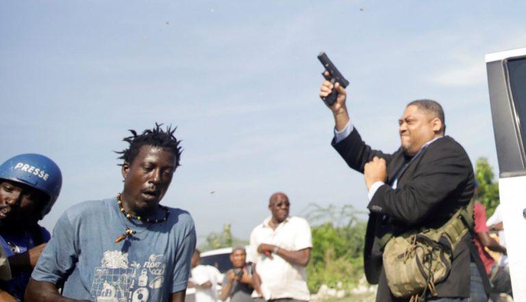 [HAITÍ] Caos en el Senado de Haití deja al menos dos heridos
