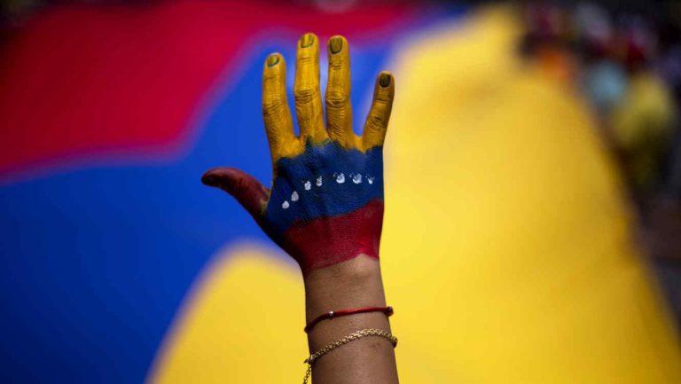 [VENEZUELA] Entre la disolución y la reconstrucción