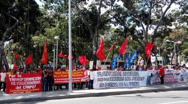 [LUCHAS] Partidos y sindicatos de izquierda protestan y exigen respuestas del gobierno